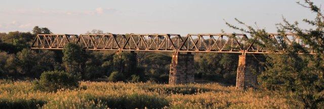 Old rail bridge Skukusa SA
